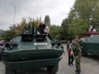 Асеновград се превърна във военно поле
