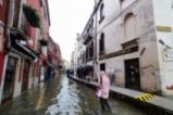 Венеция все още е под вода