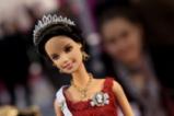 Куклата Барби празнува рожден ден