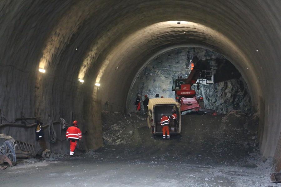 Изграждането на тунел