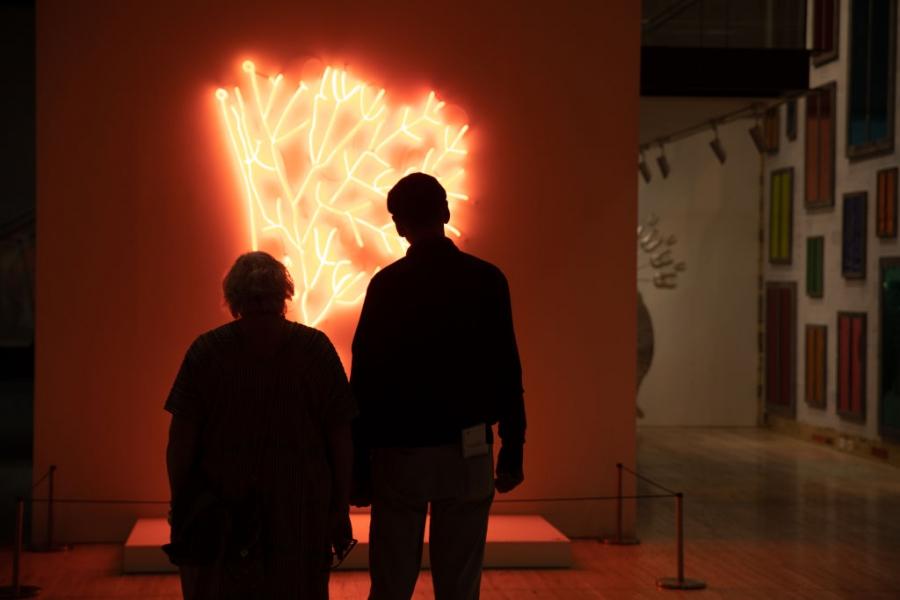 Галериите по света посрещат любителите на изкуството