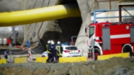 "Срутване в тунел ""Железница"", работниците са живи"