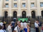 Граждани протестират в подкрепа за Десислава Иванчева