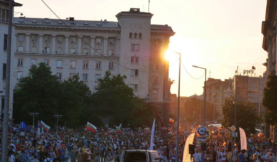 Ден 21: Протестите срещу Бойко Борисов и Иван Гешев