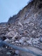 Срутище затрупа изцяло път до София