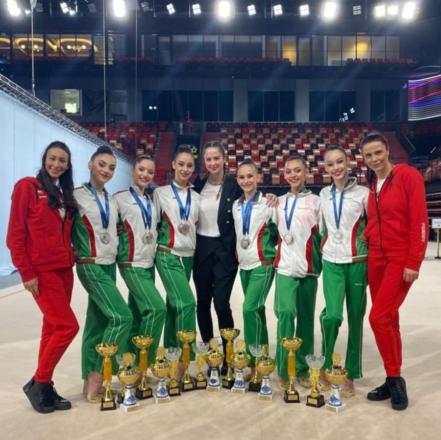 Три сребърни медала за българския ансамбъл в Москва