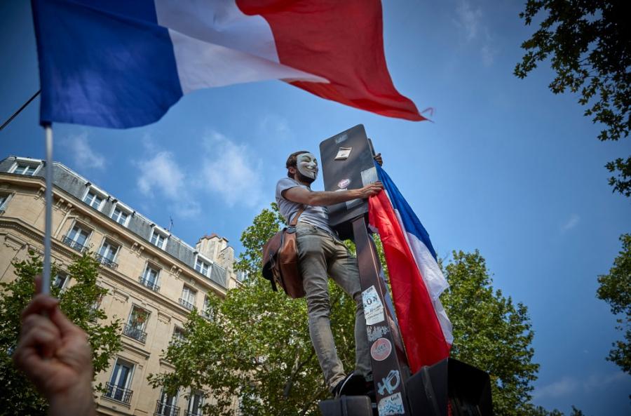 Протести във Франция срещу задължителното ваксиниране