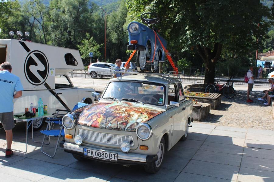 """Тетевен стана столица на ретро автомобилите с марка """"Трабант"""""""
