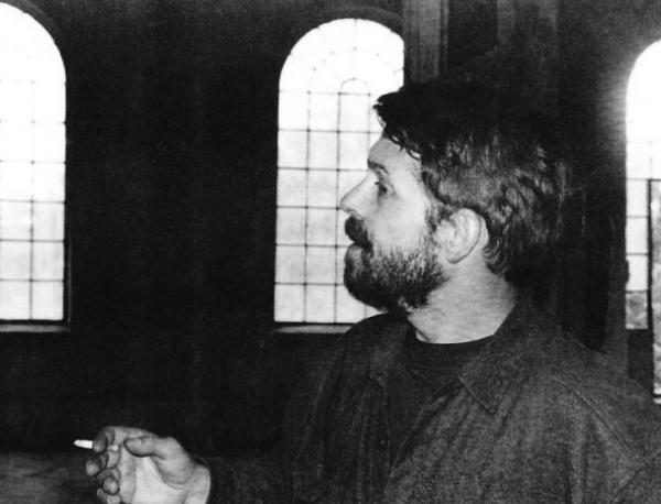 """photo of Откриха сцена """"Стоян Камбарев"""", носеща магията на незабравимия режисьор"""
