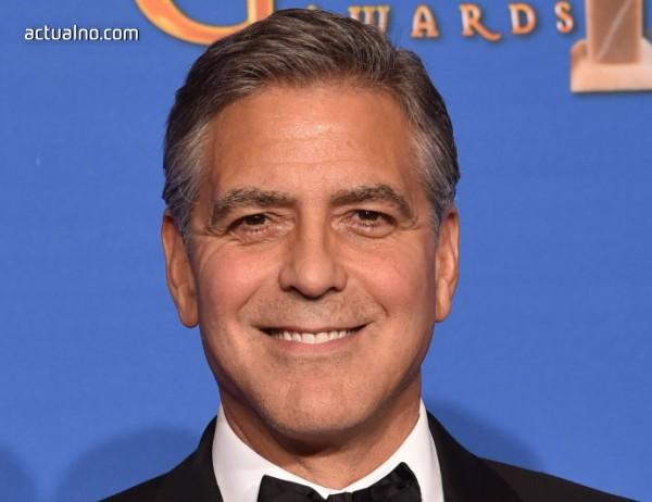 photo of Джордж Клуни е бил приет в болница след инцидент с мотор (СНИМКА)