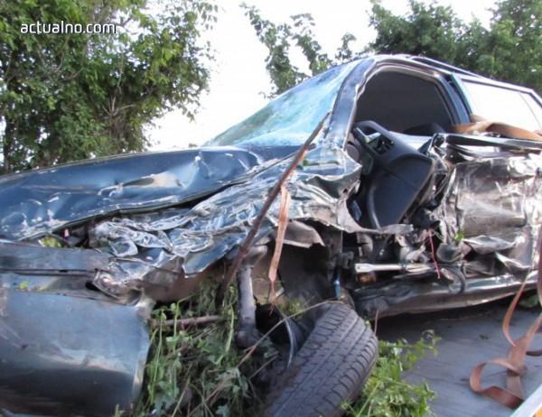 photo of Човек загина при катастрофа между бетоновоз и лека кола