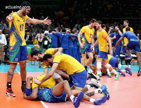 photo of Бразилия е първият финалист на Световното по волейбол