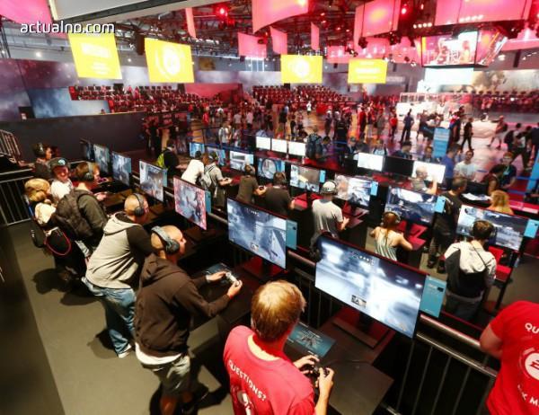 photo of ЕК мисли за суперкомпютри, докато 80 млн. европейци никога не са влизали в интернет