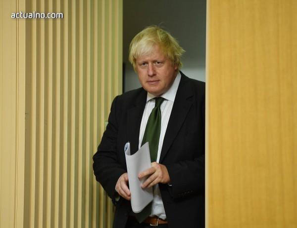 photo of Борис Джонсън посъветва Тереза Мей да захвърли резервния план за ирландската граница
