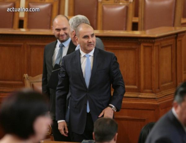 photo of Цветанов се извини на ДПС за изказване на депутат от ГЕРБ