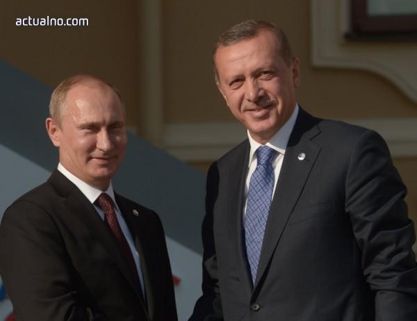 photo of Защо Путин се прави, че има какво да празнува?