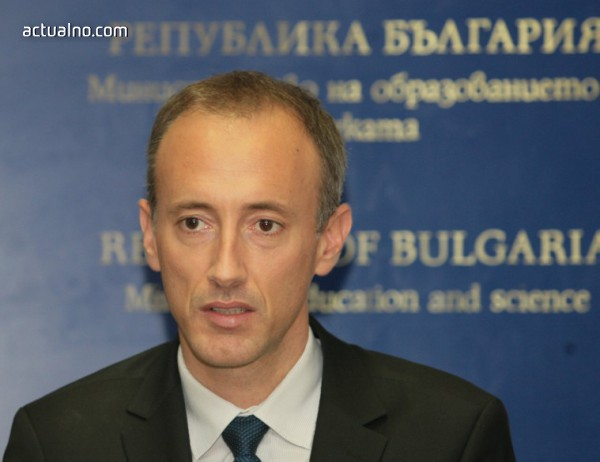 photo of Вълчев: През 2019 г. ще бъдат отделени близо 1,5 млн. лв. за иновации