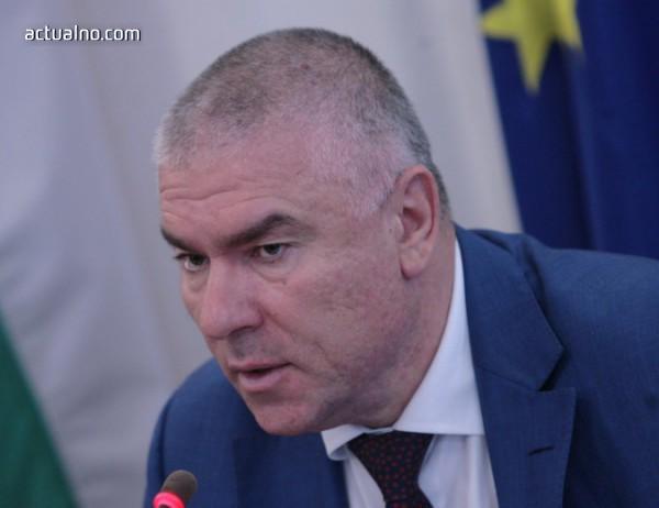 photo of Марешки иска оставка на Каракачанов