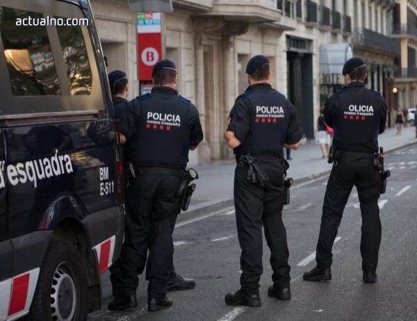 photo of Мадрид потвърди прехвърлянето на полицейски части в Барселона