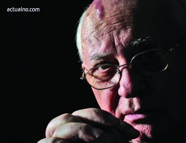 photo of Русия обвини Столтенберг, че лъже за НАТО и Горбачов