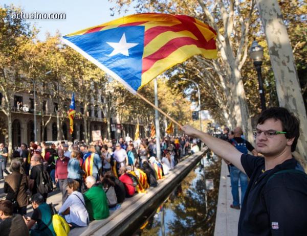 photo of Каталуния обяви независимост (ВИДЕО)