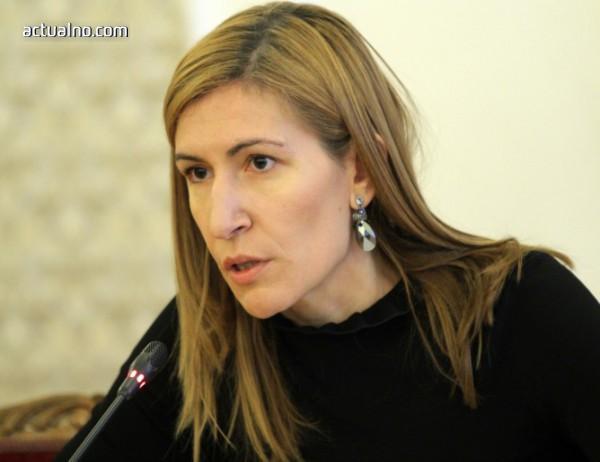 photo of Ангелкова: Турция ни конкурира в привличането на руски туристи