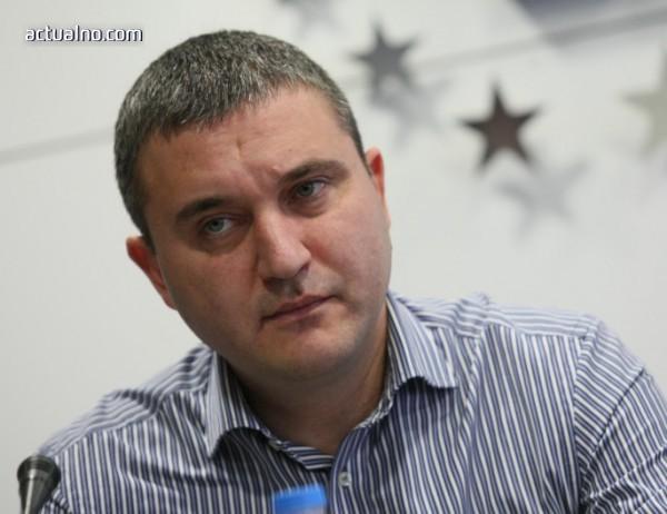 photo of Проверяват Горанов за конфликт на интереси