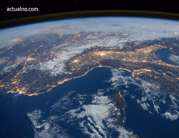 photo of Учените уловиха тайнствени радиосигнали от космоса