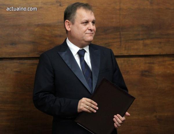 """photo of Цацаров посъветва новия председател на ВАС да не се вслушва във """"вредния шум отстрани"""""""