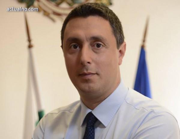 """photo of Кметът на Царево: Фалшива новина е, че се готви застрояването на плаж """"Силистар"""""""