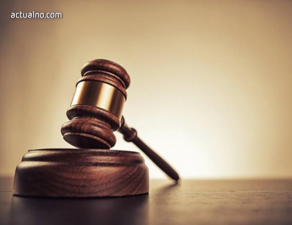 photo of Условни присъди за двама гинеколози заради смъртта на родилка и бебето ѝ
