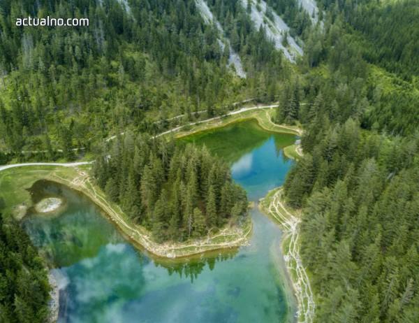 photo of Австрийският парк, който потъва под вода за няколко месеца (ВИДЕО+СНИМКИ)