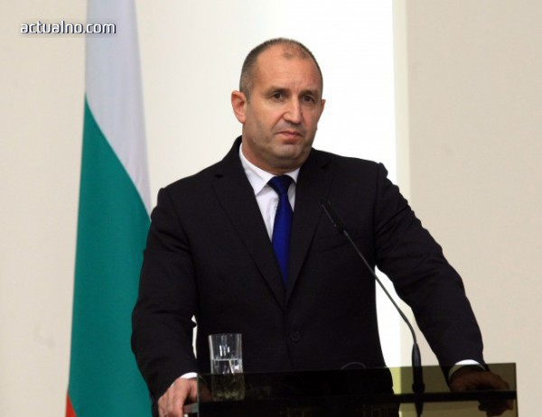 photo of Румен Радев настоя пред Таяни да чуят исканията на българските превозвачи