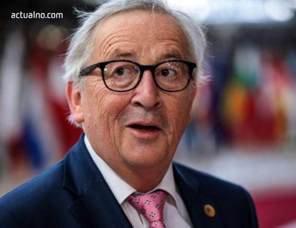photo of Юнкер: Не може да има предоговаряне, а само разяснения по Brexit