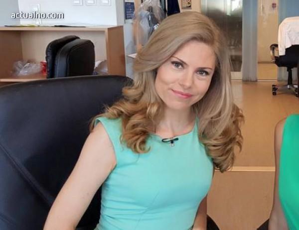 photo of Деси Банова за Плевнелиев: Готова съм да направя всичко за него