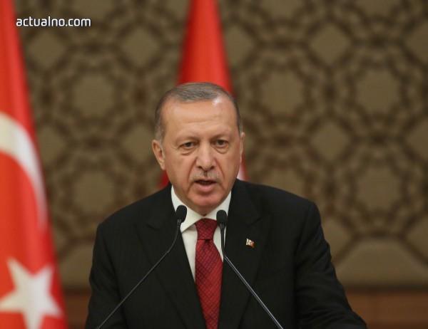 photo of Ердоган: Няма да коленичим пред икономическите манипулации на САЩ
