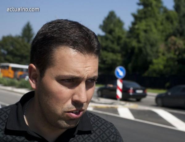 """photo of Крусев обяви кога ще приключи ремонтът на ул. """"Граф Игнатиев"""""""
