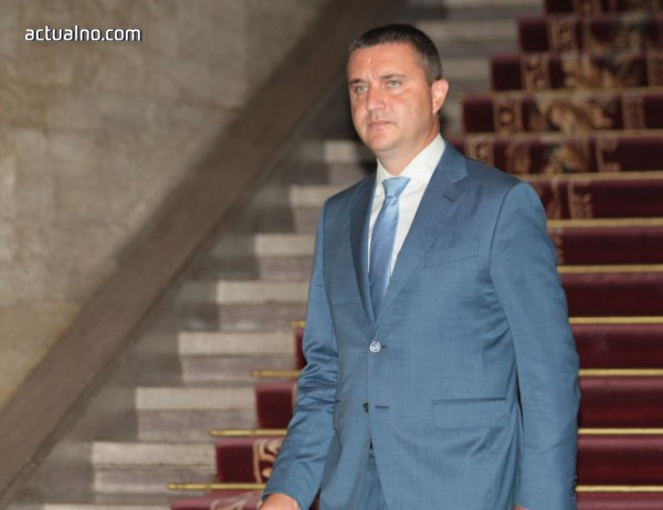 photo of Горанов: Призивът на Радев за излишъка от бюджета е неоснователен