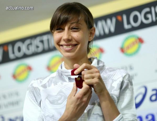 photo of Мирела Демирева е Спортист на годината 2018 в Стара Загора (СНИМКИ)