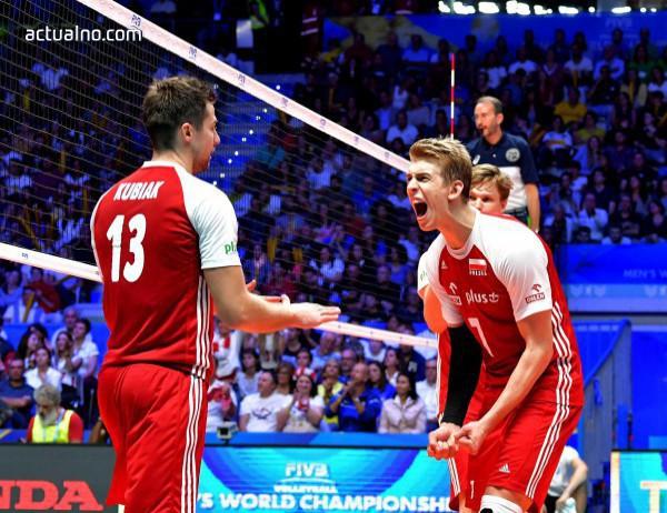 photo of Полша защити световната си титла след категорична победа срещу Бразилия