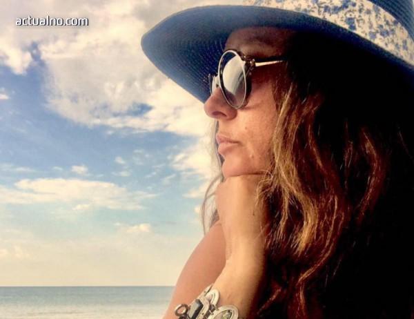 """photo of Мария Лалева пред Actualno.com: Пораствах трудно с писането на """"Живот в скалите"""""""
