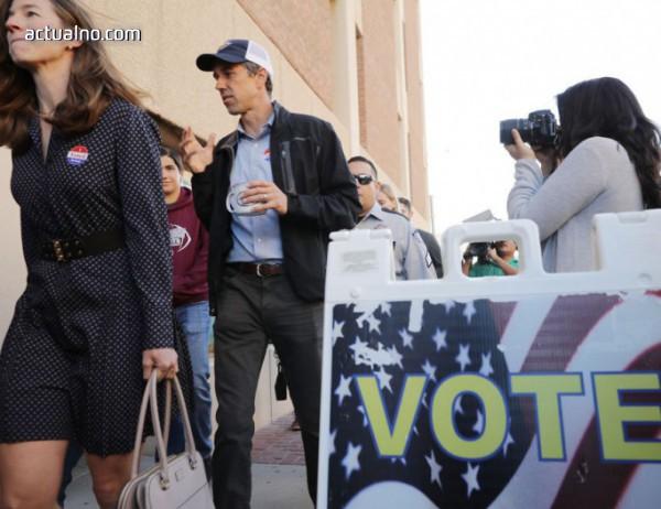 photo of Междинните избори в САЩ - републиканците удържат Сената