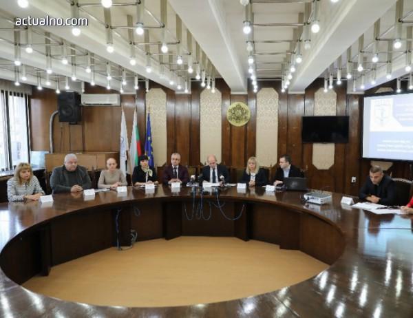 photo of Кметът на Русе Пламен Стоилов отчете третата година от своя мандат