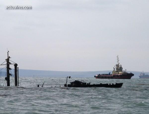 photo of Порошенко иска НАТО да дойде в Азовско море с военни кораби