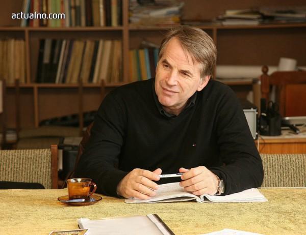 photo of Бойко Илиев: Театърът лекува