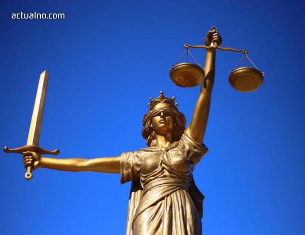 photo of Върховният съд на САЩ блокира закон срещу абортите