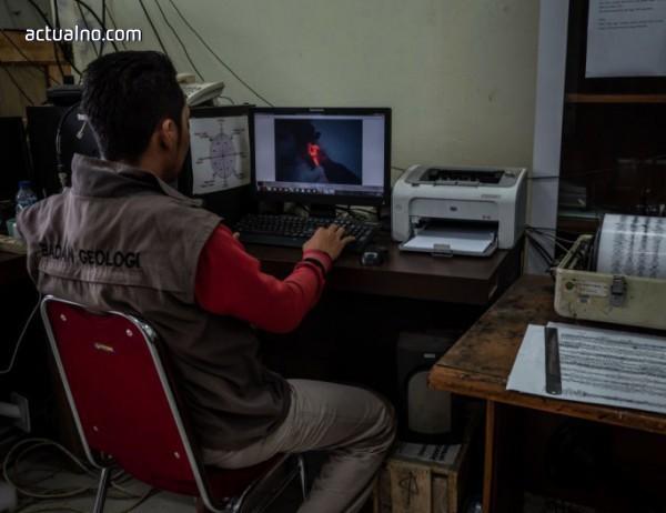 photo of Вулканът Анак Кракатау е изгубил почти две трети от височината си