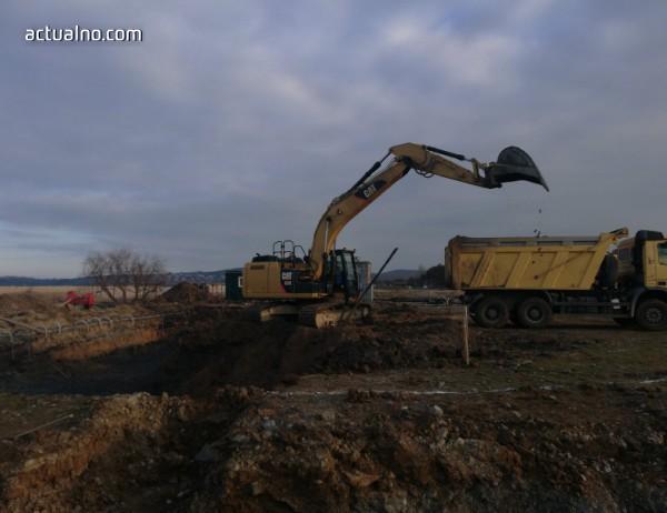 photo of Живописен залив става поредният бетонен ад по Южното Черноморие (ВИДЕО)
