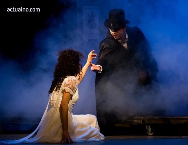 """photo of """"Фантомът на операта"""" излезе на сцена в Музикалния театър"""