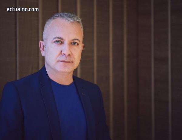 photo of Добромир Банев: Прекрасно е, че любовта не се побира в рамки